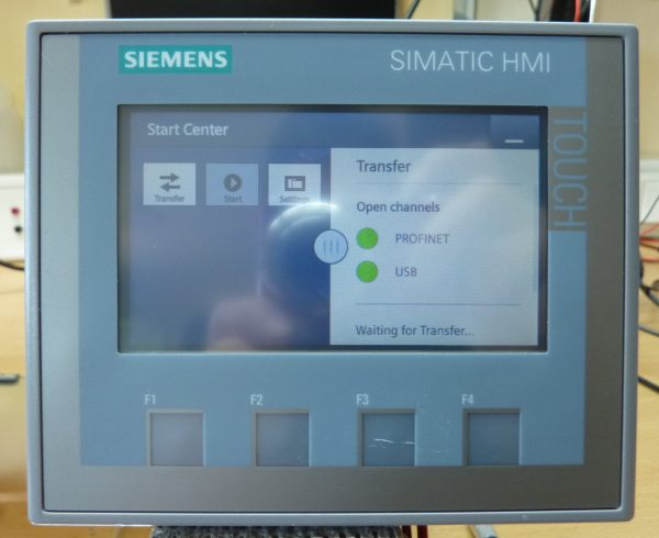 Siemens SIMATIC Basic Panel HMI KTP400 - 6AV2 123-2DB03-0AX0